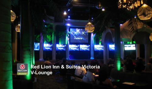 Red Lion Inn and Suites Victoria Photo