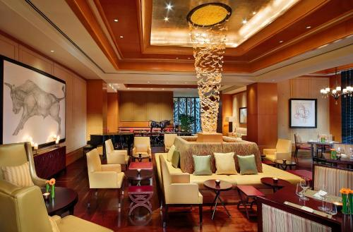 The Ritz-Carlton Executive Residences photo 12