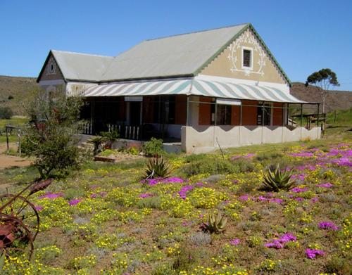 Wolverfontein Karoo Cottages Photo