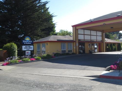 Days Inn & Suites Arcata Photo