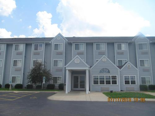 Microtel Inn by Wyndham Champaign Photo