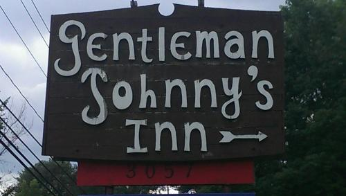 Gentleman Johnny's Motel Photo