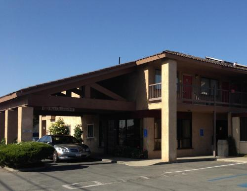 Valley Harvest Inn - Soledad, CA 93960