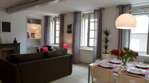 Le May - carcassonne - booking - hébergement
