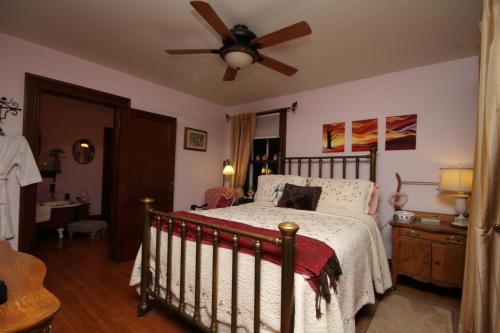 The Calder House Bed & Breakfast Photo