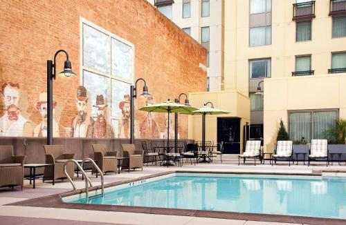 Residence Inn by Marriott San Diego Downtown/Gaslamp Quarter Photo