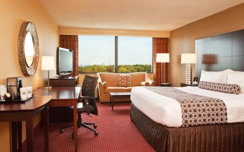 Crowne Plaza Hotel Boston- Newton Photo