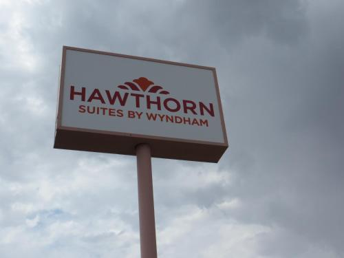 Hawthorn Suites Las Vegas Photo