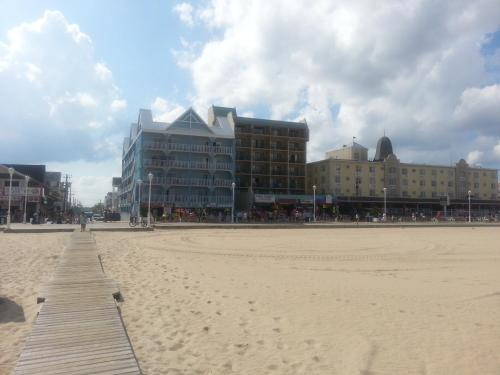 Ocean One Hotel & Suites Ocean City Photo