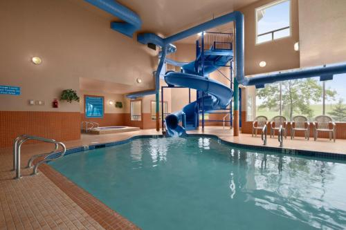 Days Inn Red Deer Photo