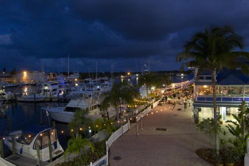 Pirate's Cove Resort and Marina - Stuart Photo