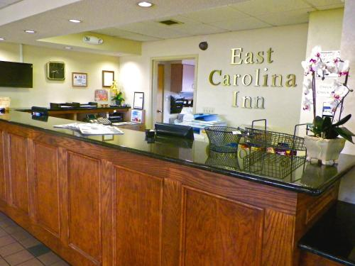 East Carolina Inn - Greenville Photo