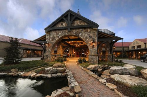 Lanier Islands Legacy Lodge Photo