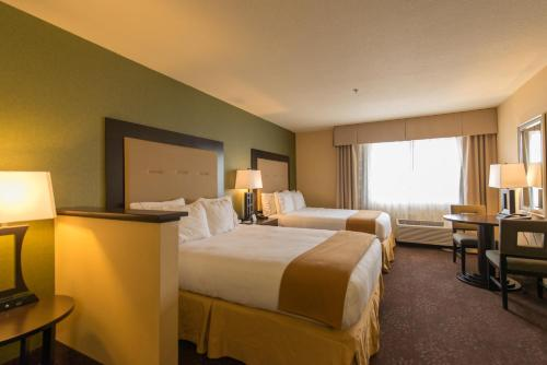 Holiday Inn Express Portland East - Columbia Gorge Photo