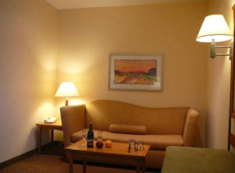 Hampton Inn & Suites Vacaville-Napa Valley Photo