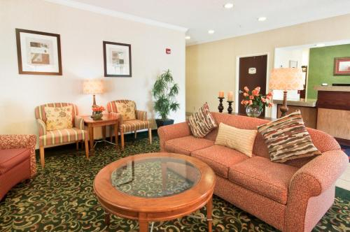 Fairfield Inn by Marriott Oklahoma City Crossroads Photo