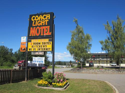 Coach Light Motel Photo