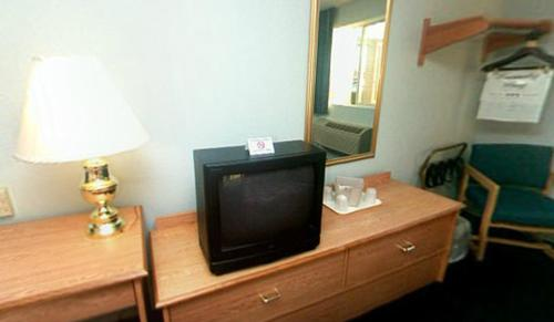 Econo Lodge West Lafayette Photo
