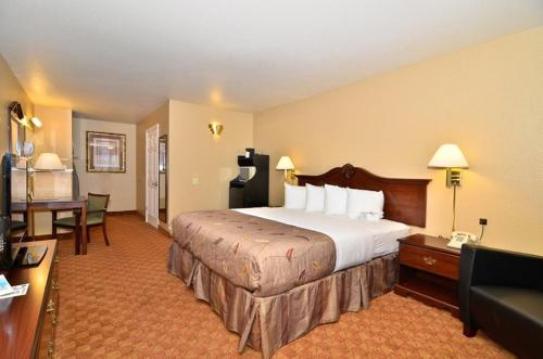 Best Western Fallon Inn & Suites Photo
