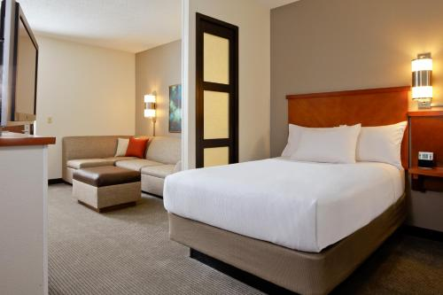 Hyatt Place Orlando Convention Center - Orlando, FL 32819