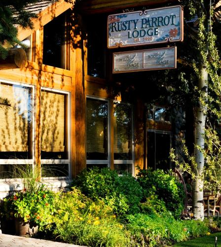 The Rusty Parrot Lodge and Spa Photo