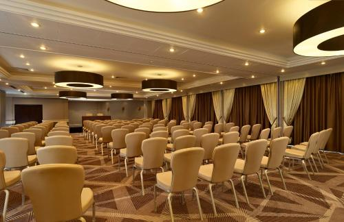 DoubleTree by Hilton London Ealing photo 19