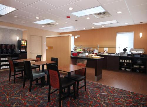 Residence Inn Houston Intercontinental Airport at Greenspoint photo 2