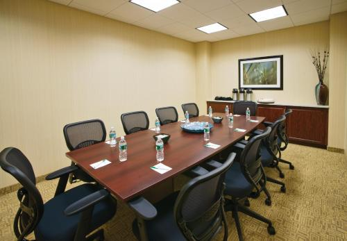 DoubleTree by Hilton Tinton Falls-Eatontown Photo