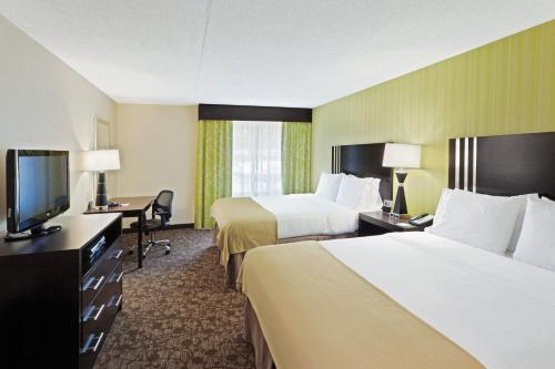 Holiday Inn Express - Neptune Photo