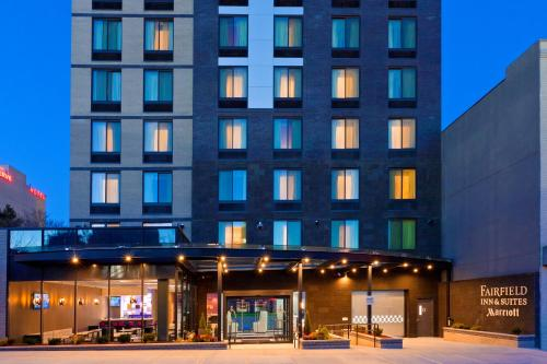 Fairfield Inn & Suites by Marriott New York Queens/Queensboro Bridge Photo