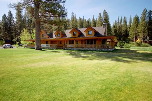 The Lodge at Whitehawk Ranch