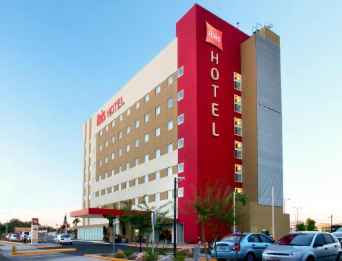 Ibis Hermosillo Photo