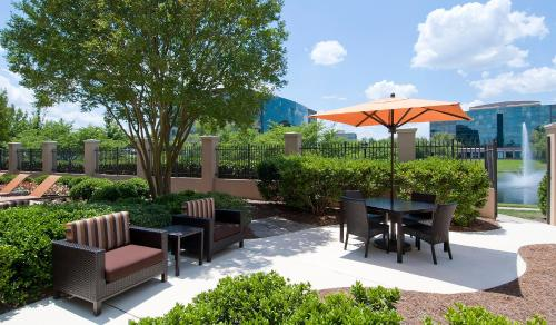 Courtyard Charlotte Ballantyne Photo