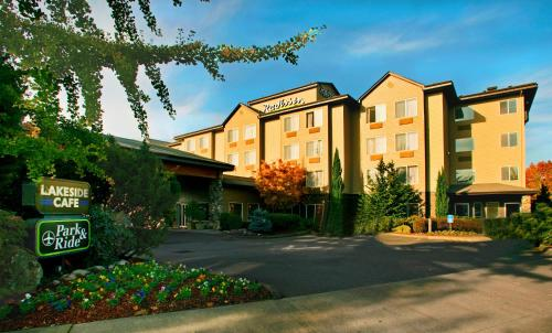 Radisson Hotel Portland Airport Photo