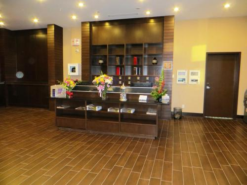Four Points by Sheraton Edmonton International Airport Photo