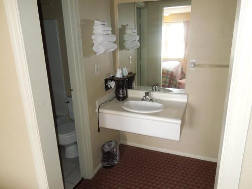 Americas Best Value Inn Chillicothe Photo