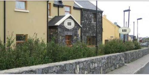 Photo of Tír gan Éan House Hotel Hotel Bed and Breakfast Accommodation in Doolin Clare