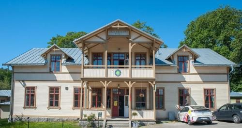 Photo of Ronneby Brunnspark Vandrarhem och B&B Hotel Bed and Breakfast Accommodation in Ronneby N/A