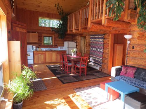 Blaeberry Mountain Lodge Photo