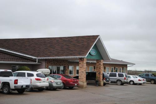 Moosomin Country Squire Inn Photo