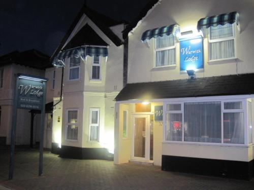 Photo of Warwick Lodge Hotel Bed and Breakfast Accommodation in Kingston upon Thames London