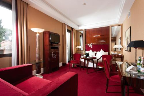 Hotel Lord Byron - Small Luxury Hotels of the World photo 8