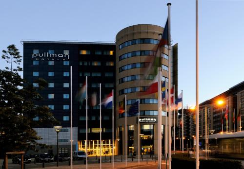 Hotel Pullman Brussels Centre Midi photo 2