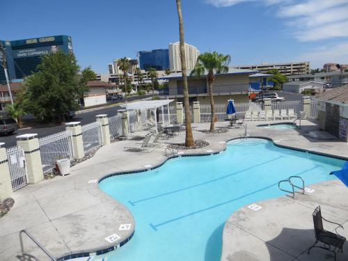 Americas Best Value Inn Las Vegas Strip Photo