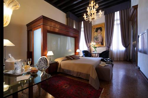 Hotel Liassidi Palace - Small Luxury Hotels of the World photo 17