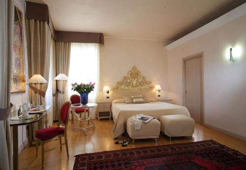 Hotel Liassidi Palace - Small Luxury Hotels of the World photo 32
