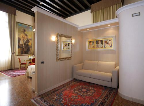 Hotel Liassidi Palace - Small Luxury Hotels of the World photo 42
