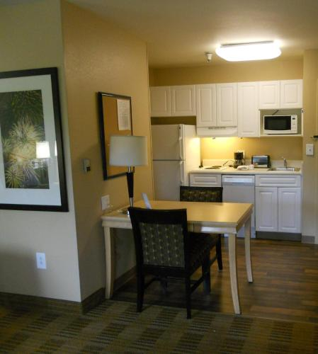Extended Stay America - Orlando - Convention Center - Universal Blvd photo 10