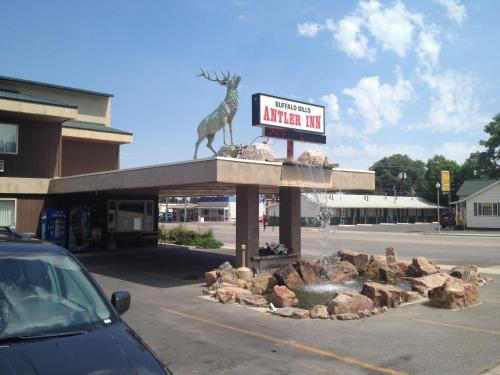 Buffalo Bill's Antlers Inn Photo