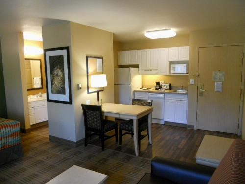 Extended Stay America - Orlando - Convention Center - Universal Blvd photo 17